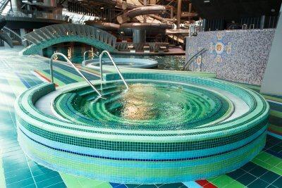 """""""Фристайл"""": аквазона с горками на целый день от 16,50 руб, аквазона + БТК на 4 часа от 22,75 руб."""